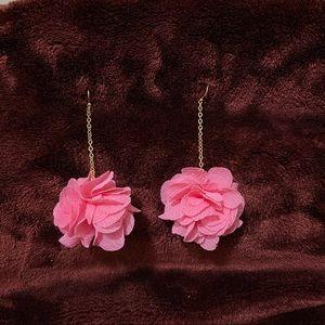 Forever 21 rose 🥀 flower earrings 🌸